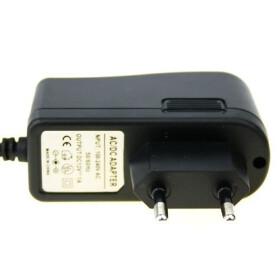 Netzteil von 230V auf 12V 1 A für SMD LED Streifen Trafo zu 12V DC 1 A max. 12W
