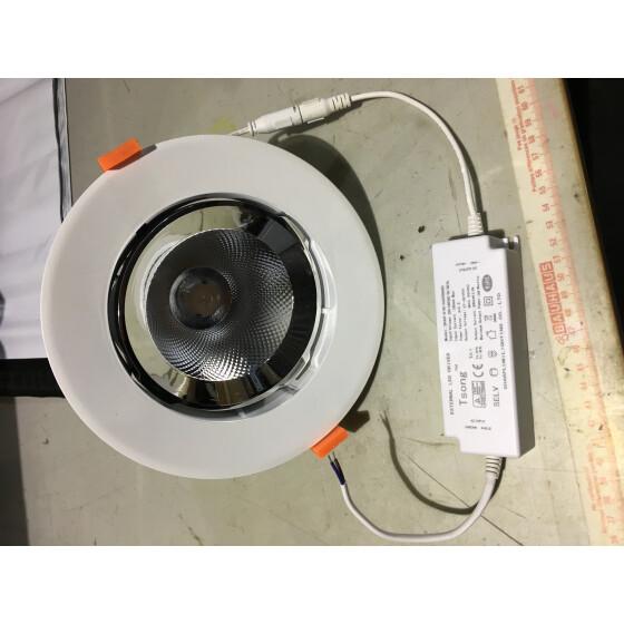 Tsong LED Rotational Down Light Model: SRD-30W-06 Input: AC 100-240V 50Hz CCT:3000-3500k Cri:>80 Ra