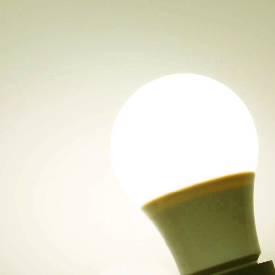 E27 8W LED Ball Lampe 3200K warmweiß wie 60W weiß 8 Watt