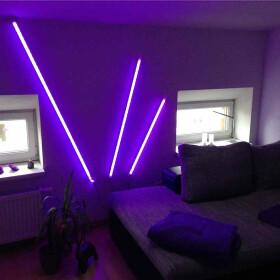150cm LED RGB Aluminium Röhre mit 10 Tasten...